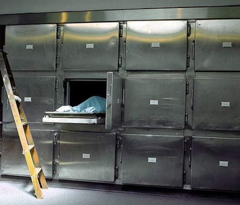 NASA экспериментирует с телами умерших