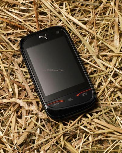 Puma представила телефон совместно с Sagem